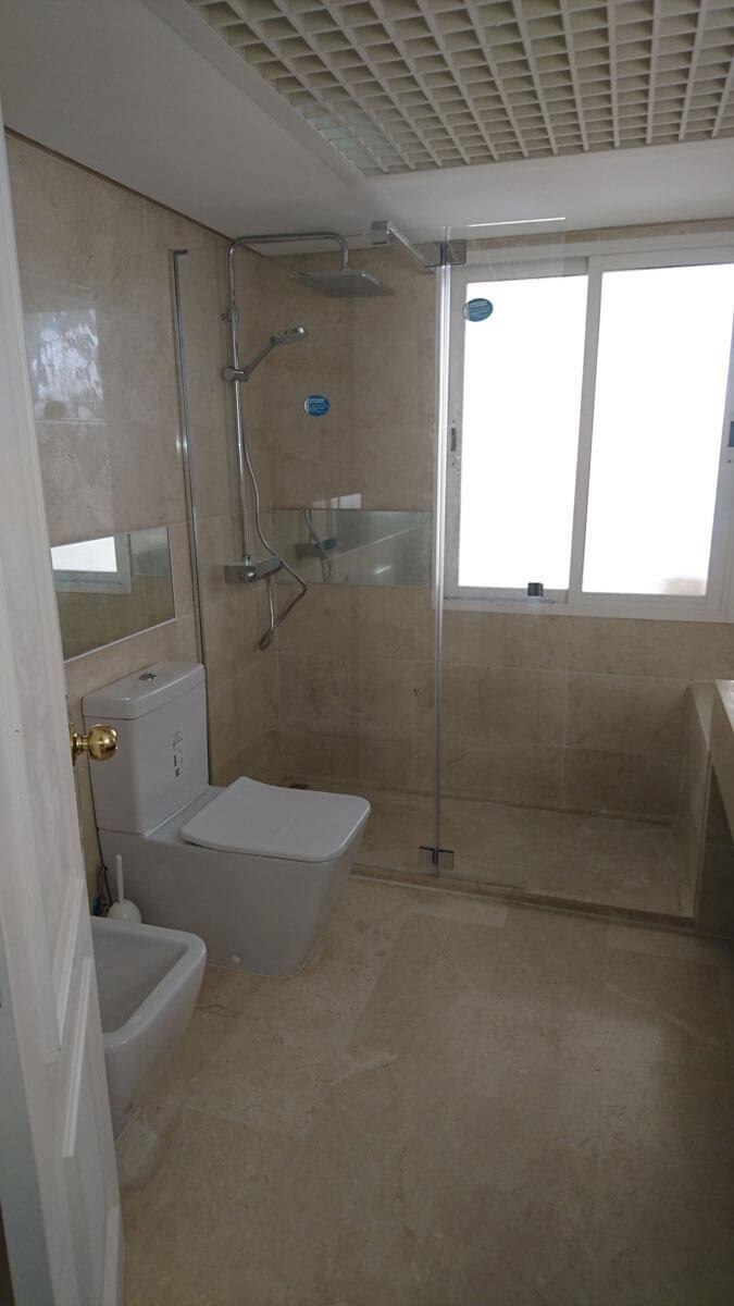 Galvez-interiores-baños-(24)